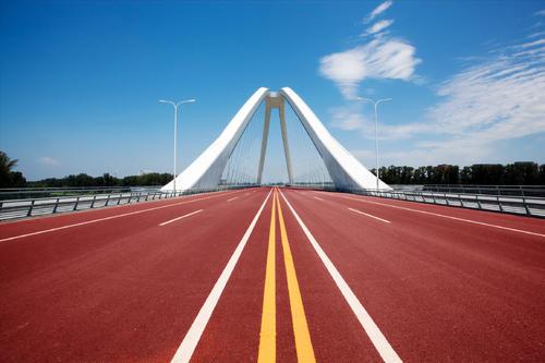 彩色瀝青路面為什么會被廣泛應用