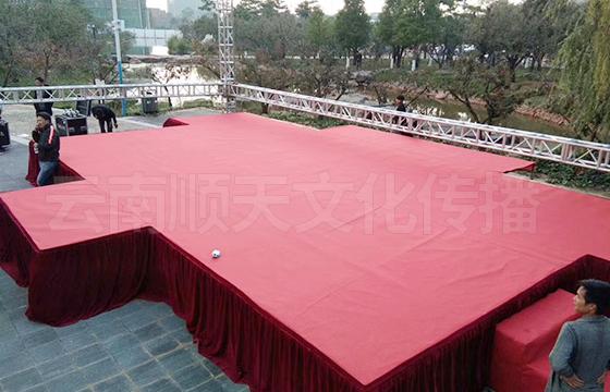 大理活动舞台搭建公司临时搭建一个活动舞台需要多少钱?