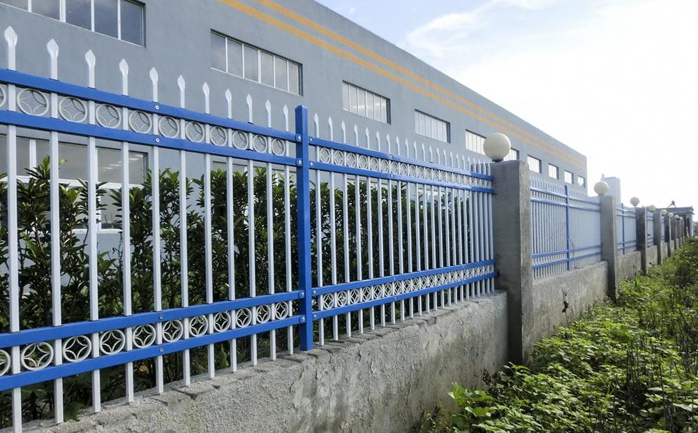 工厂外围锌钢栅栏