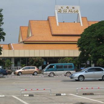 景洪机场道路标线施工项目