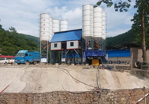 云南混凝土搅拌站的运输辅助与节能与环保