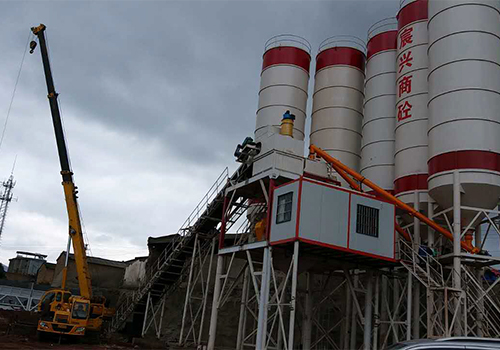 云南混凝土搅拌站厂家带大家清晰的了解一下混凝土搅拌站设备