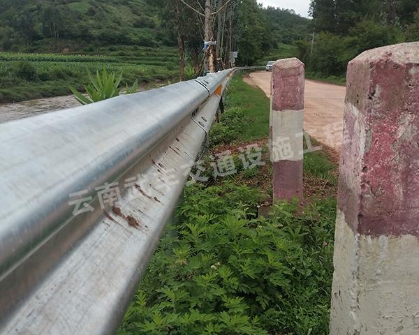 昆明波形高速公路护栏工程