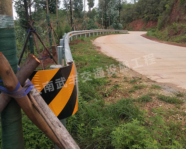 乡村道路波形护栏板