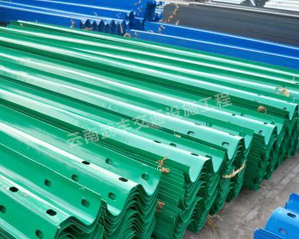 昆明波形护栏厂家教大家检测热镀锌波形护栏防腐性能是否符合标准方法