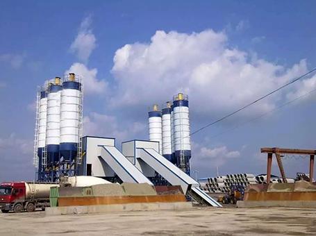 常規使用的云南混凝土攪拌站一般需要幾套稱量系統才夠用