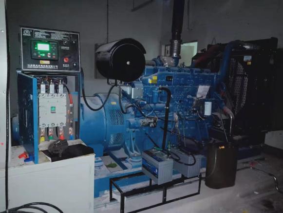 曲靖恒大綠洲項目柴油發電機組調試