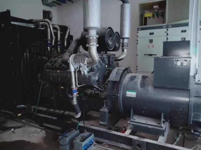 藍光林肯公園項目柴油發電機組調試