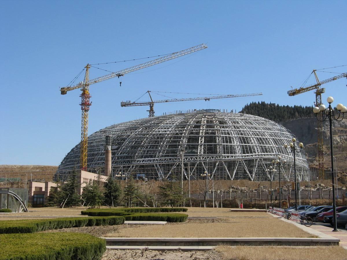 云南钢结构工程施工工艺流程: