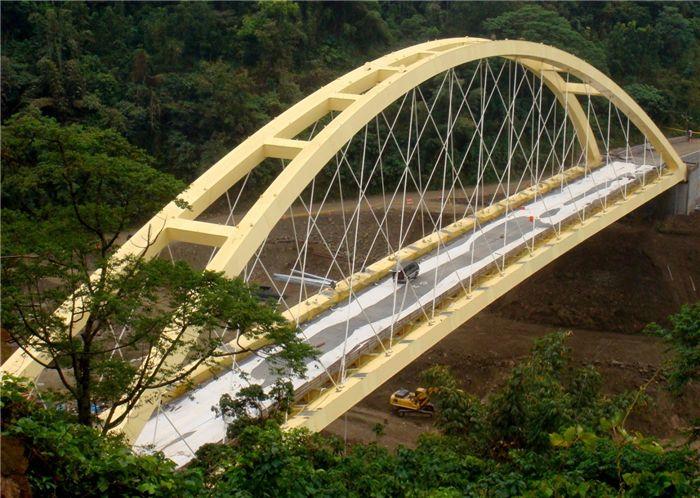 昆明钢结构工程冬雨季施工措施: