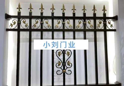 蒙自房屋阳台铁艺护栏