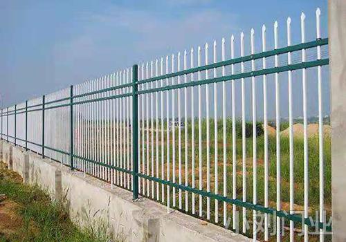 丽江种植园锌钢护栏