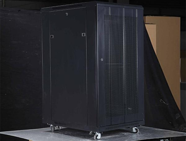 云南B系列服務器機柜