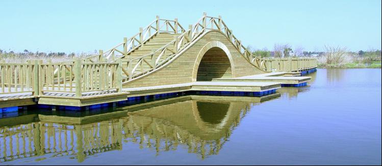 五甲塘湿地公园防腐木景观工程