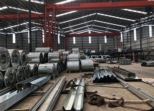 昆明钢结构加工流程中的生产准备工作是怎样进行的?