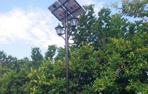 云南太阳能厂家教你选择太阳能路灯