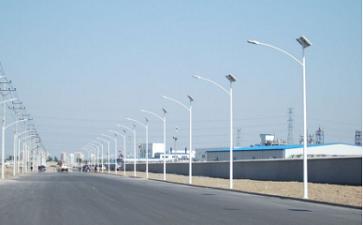 市太阳能路灯与太阳能路灯的对比