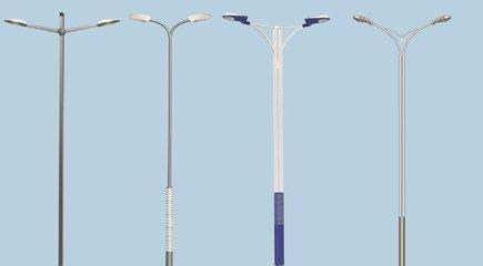 昆明太阳能路灯灯杆安装