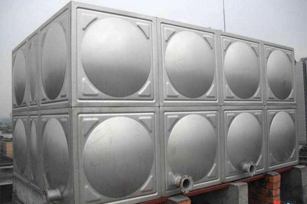 如何安装不锈钢水箱