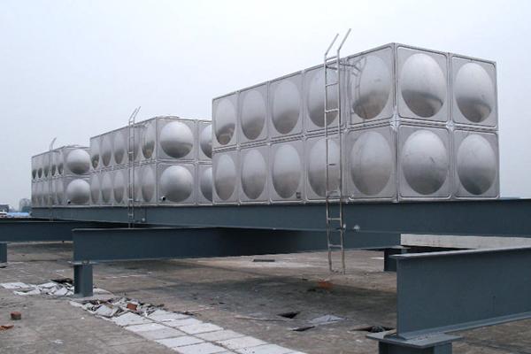 不锈钢水箱漏水的修补方法