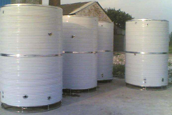不锈钢水箱和玻璃钢水箱的区别