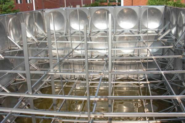 不锈钢水箱内部的支撑拉筋有什么作用