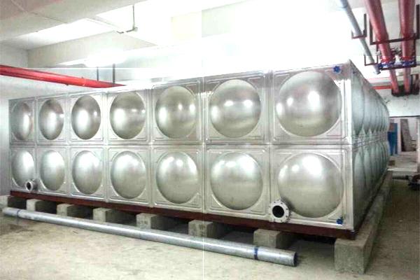 不锈钢水箱安装案例