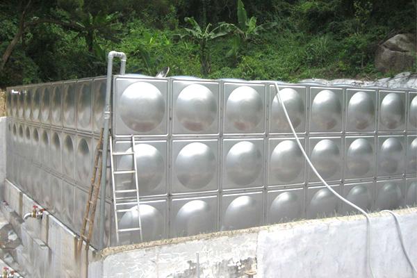 云南组合式不锈钢水箱厂家