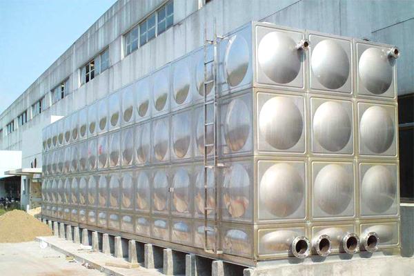 云南组合式不锈钢水箱安装