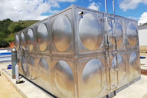 为什么不锈钢水箱的基础要加钢筋