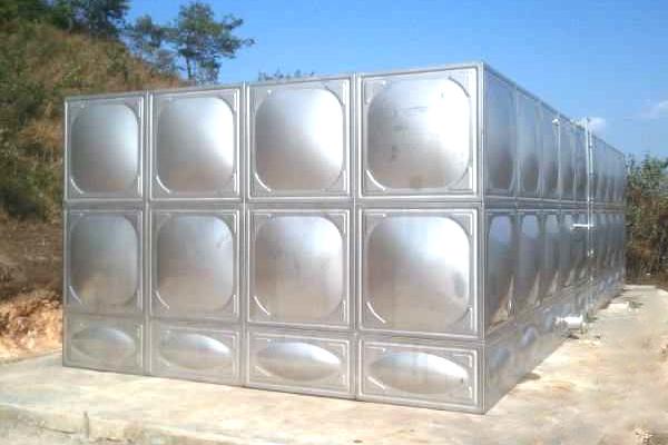 为什么不锈钢水箱会变形?导致不锈钢水箱变形的原因是什么?