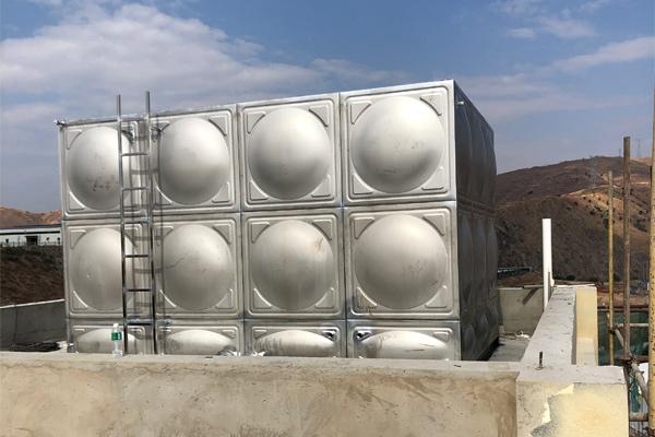 为什么在地面安装不锈钢保温水箱要做地基?这样安装的目的是什么?