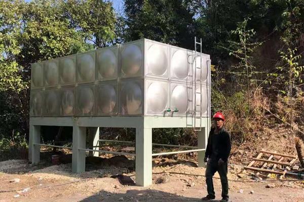 生活水箱安装