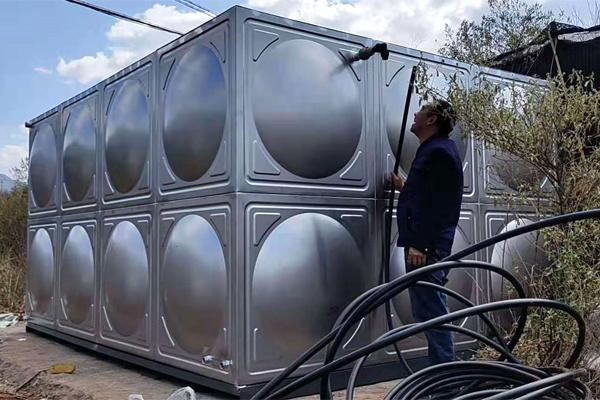 昆明304生活水箱安装