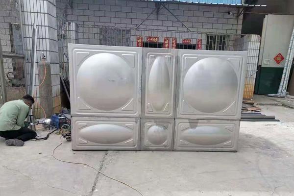超微型消防水箱安装