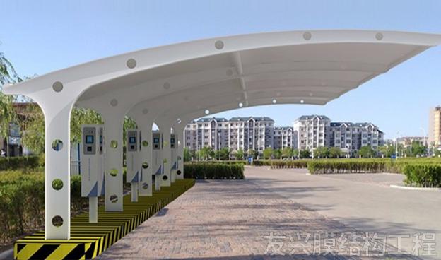 昭通膜结构工程施工膜结构停车棚的安装时分为哪几个阶段?