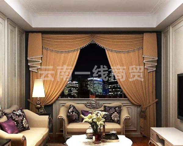家用电动窗帘
