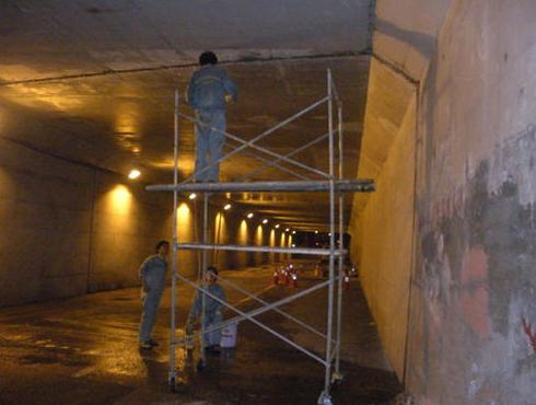 「钢结构防火涂料施工」钢结构防火涂料施工常见问题及注意事项