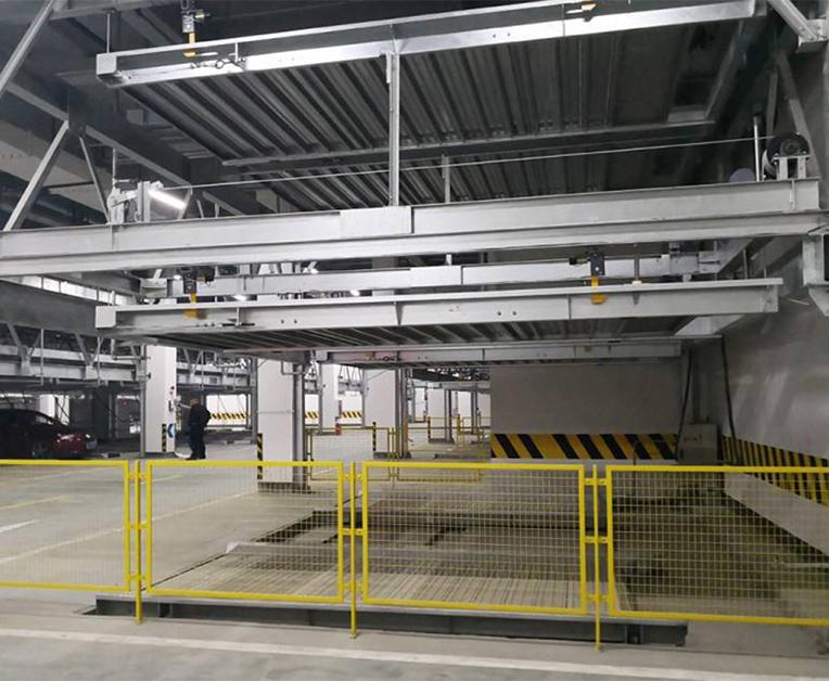 地坑升降横移式停车设备