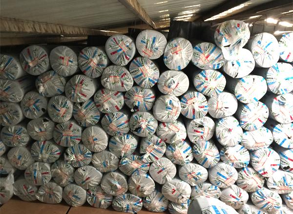 云南華美橡塑板廠家