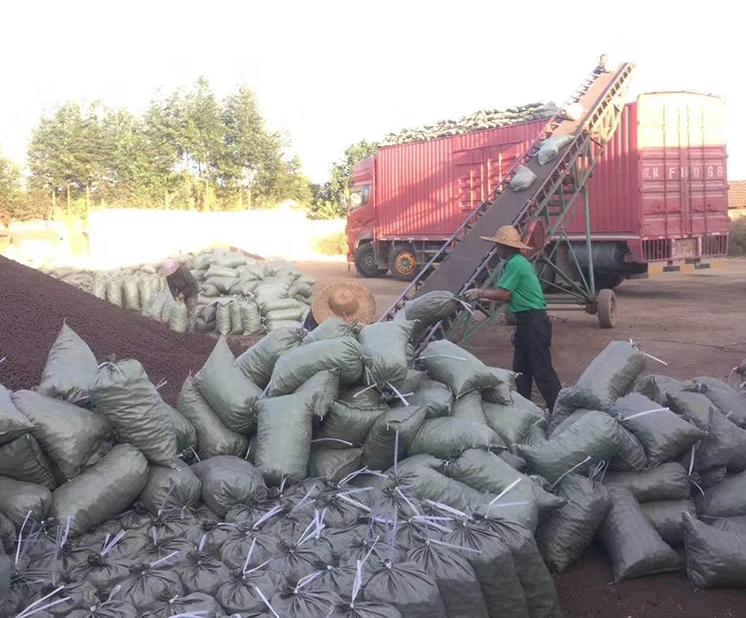 大型工程陶粒卸货