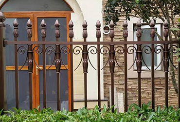 铝艺庭院围栏