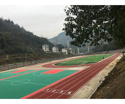 贵州遵义正安碧峰中学透气型跑道