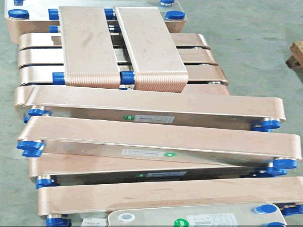 大量供应钎焊板式换热器