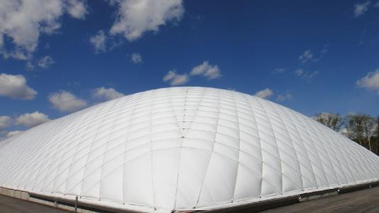 充气膜结构在校园体育场馆中的应用