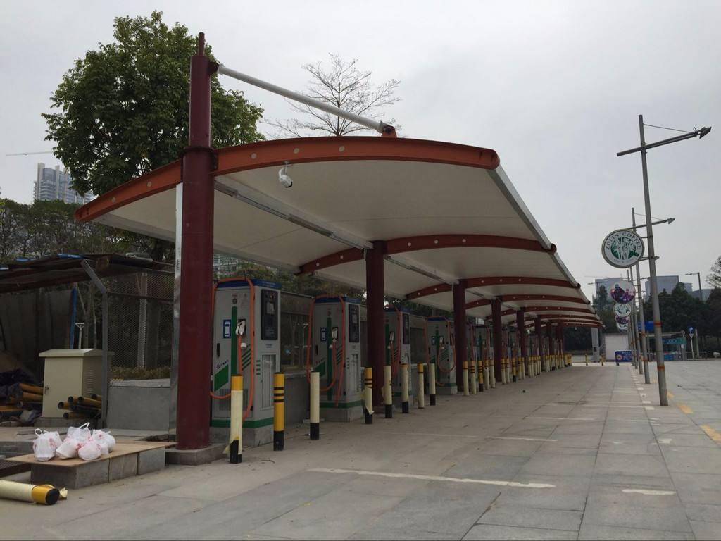 公交车充电桩停车棚
