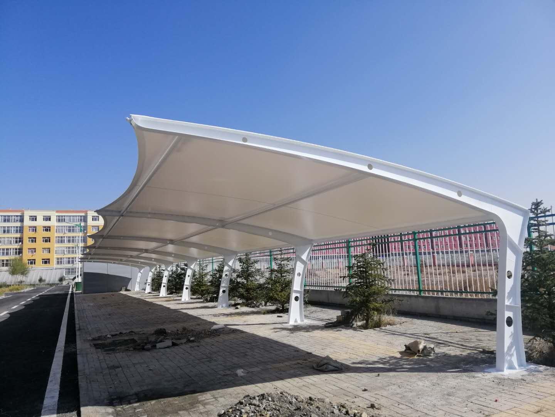 珠海7字型膜结构停车棚