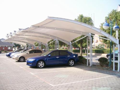 使用时多加膜结构车棚的维护和保养