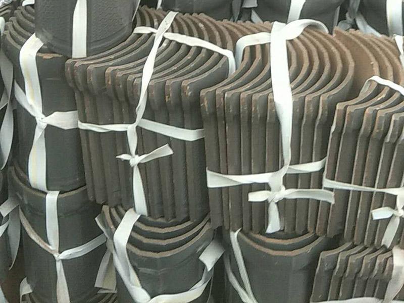 艺然古建砖瓦厂10万片青筒瓦发往贵州赤水