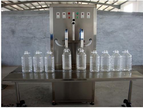 液体灌装机按计量方式的分类